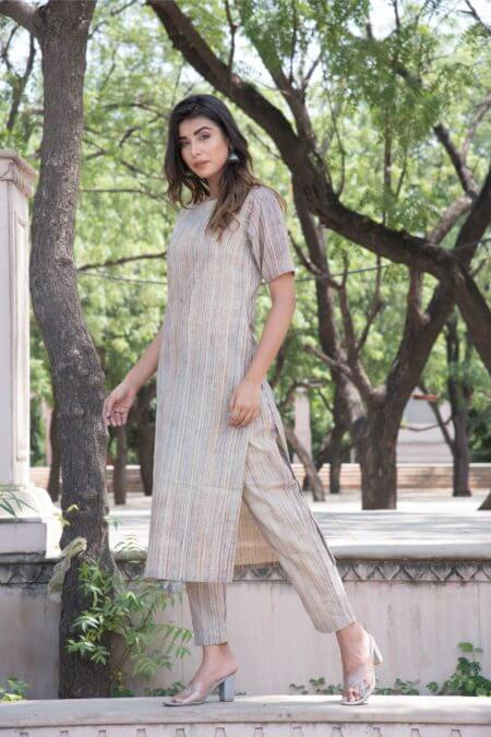 BEIGE MUTLTI STRIPED KURTA PANT SET